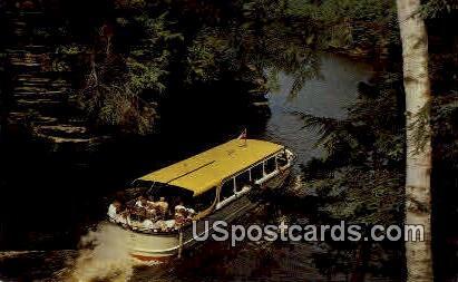 Narrow Passage - Wisconsin Dells Postcards, Wisconsin WI Postcard