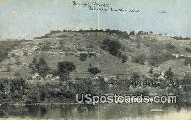 Round Bluff - Praire Du Sac, Wisconsin WI Postcard