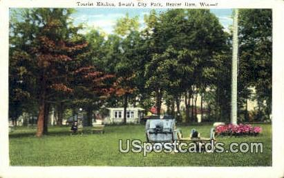 Tourist Kitchen, Swan's City Park - Beaver Dam, Wisconsin WI Postcard