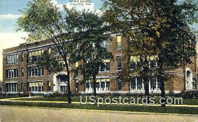 Howe School - Green Bay, Wisconsin WI Postcard