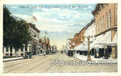 Main St, Court House - Fond du Lac, Wisconsin WI Postcard