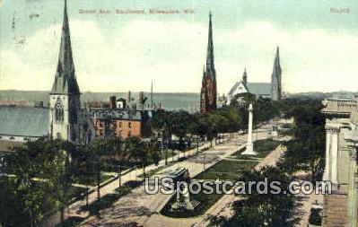 Grand Ave Boulevard - MIlwaukee, Wisconsin WI Postcard