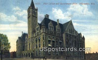 Post Office & Government Building - MIlwaukee, Wisconsin WI Postcard