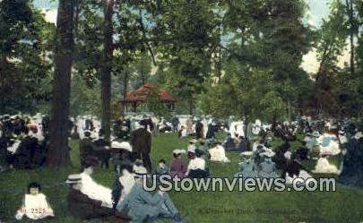 Concert Day, Washington Park - MIlwaukee, Wisconsin WI Postcard