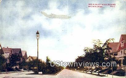 McKinley Boulevard - MIlwaukee, Wisconsin WI Postcard
