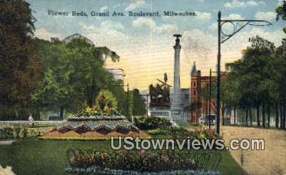 Flower Beds, Grand Ave - MIlwaukee, Wisconsin WI Postcard