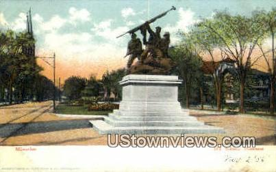 Soldier's Monument - MIlwaukee, Wisconsin WI Postcard