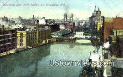 Buffalo St - MIlwaukee, Wisconsin WI Postcard