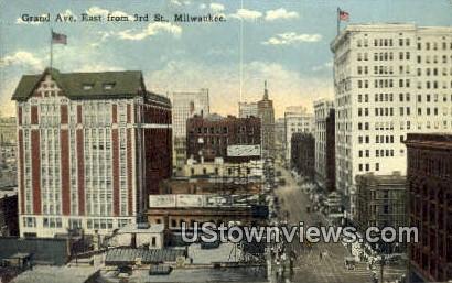 Granve Ave - MIlwaukee, Wisconsin WI Postcard