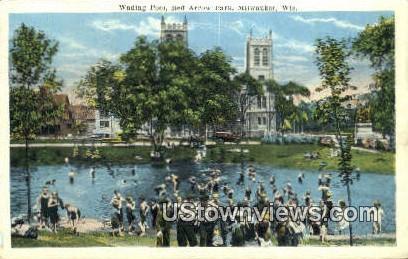 Wading Pool, Red Arrow Park - MIlwaukee, Wisconsin WI Postcard