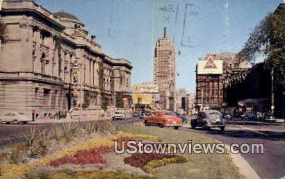 Milwaukee, Wis,     ;     Milwaukee, WI - Wisconsin WI Postcard