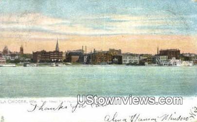 Main Street, Pettiboro Park - La Crosse, Wisconsin WI Postcard