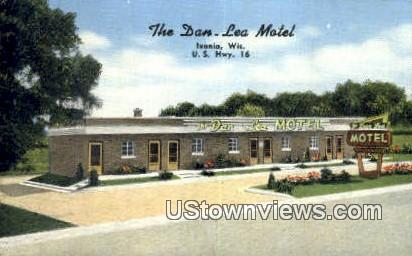 The Dan-Lea Motel & Danny's Bar - Ixonia, Wisconsin WI Postcard
