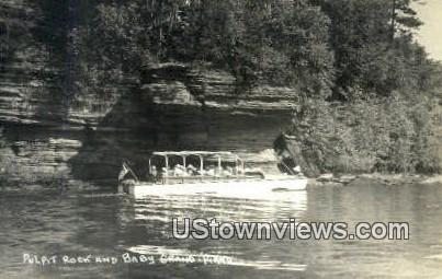 Real Photo - Baby Grand Piano - Pulpit Rock, Wisconsin WI Postcard