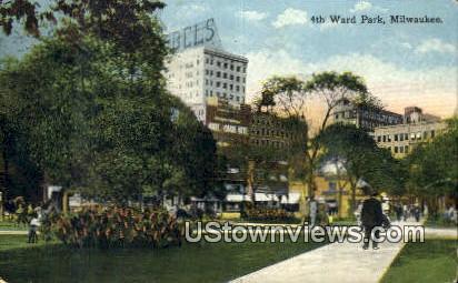 4th Ward park - MIlwaukee, Wisconsin WI Postcard