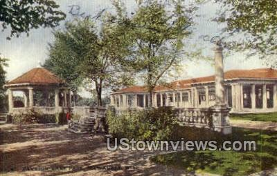 Pavilion, Lake Park - MIlwaukee, Wisconsin WI Postcard
