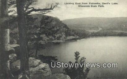 Palisades, Devil's Lake - Wisconsin State Park Postcards, Wisconsin WI Postcard