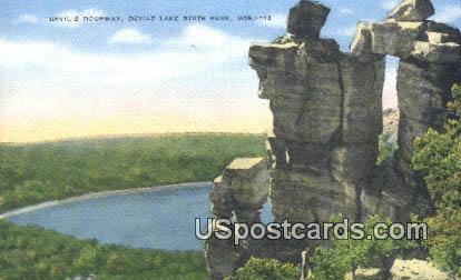 Devil's Doorway - Devil's Lake State Park, Wisconsin WI Postcard