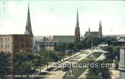 Grand Avenue Park - MIlwaukee, Wisconsin WI Postcard