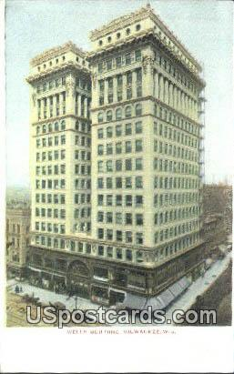 Wells Building - MIlwaukee, Wisconsin WI Postcard