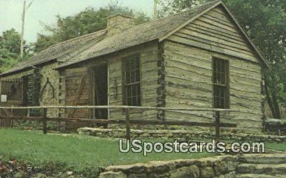 Log Cabin - Mineral Point, Wisconsin WI Postcard