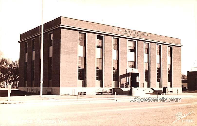 United States Post Office - Riverton, Wisconsin WI Postcard