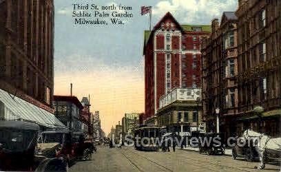 Third St. - MIlwaukee, Wisconsin WI Postcard