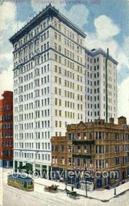 Majestic Building - MIlwaukee, Wisconsin WI Postcard