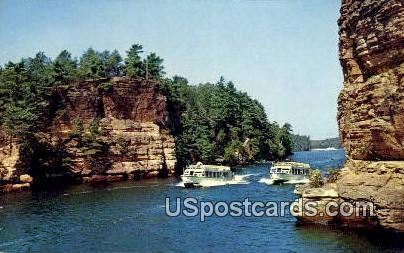 Jaws of the Dells - Upper Dells, Wisconsin WI Postcard