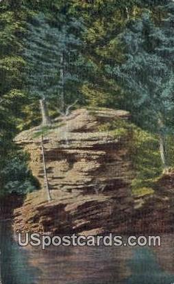 Rattlesnake Rock - Wisconsin Dells Postcards, Wisconsin WI Postcard