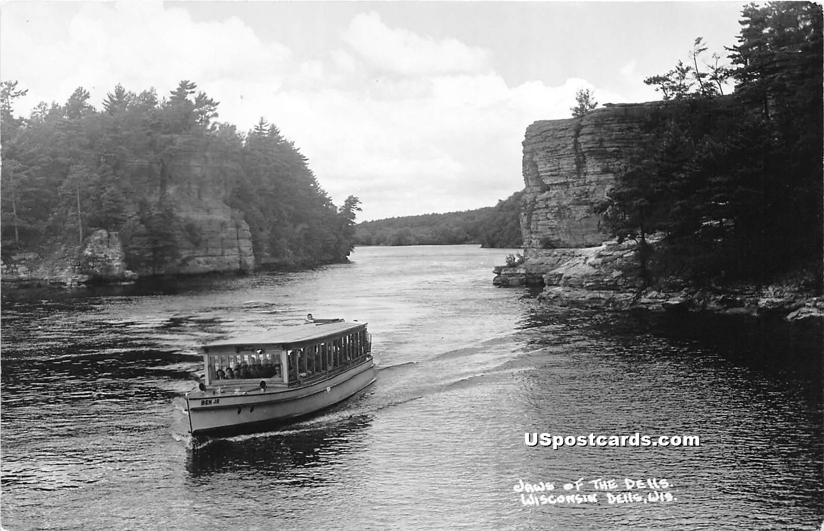 Jaws of the Dells - Wisconsin Dells Postcards, Wisconsin WI Postcard
