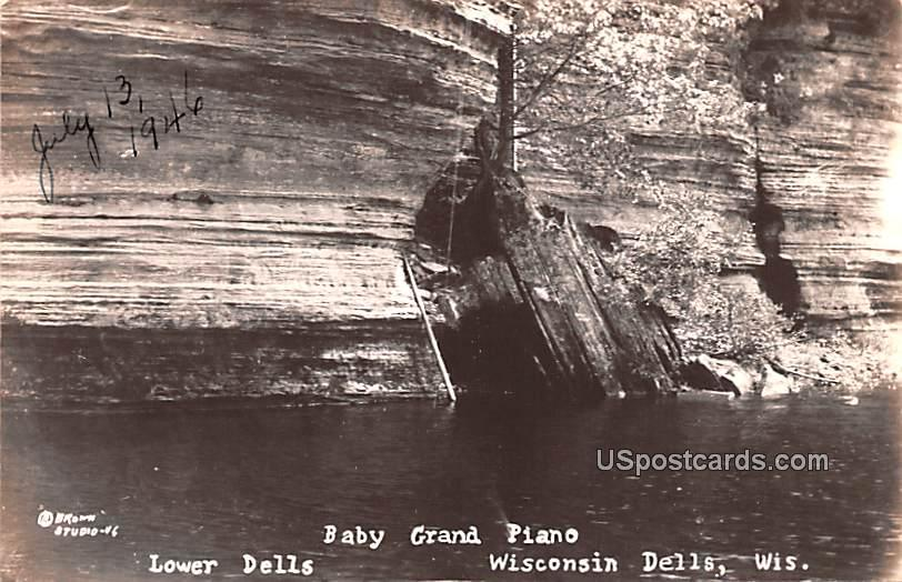 Baby Grand Piano - Wisconsin Dells Postcards, Wisconsin WI Postcard