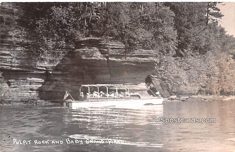 Pulpit Rock and Baby Grand Piano - Wisconsin Dells Postcards, Wisconsin WI Postcard
