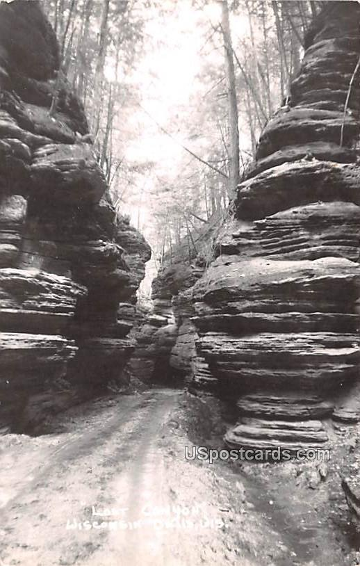 Lost Canyon - Wisconsin Dells Postcards, Wisconsin WI Postcard