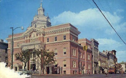 Berkeley County Court House  - Martinsburg, West Virginia WV Postcard