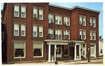 The Wells Inn - Sistersville, West Virginia WV Postcard
