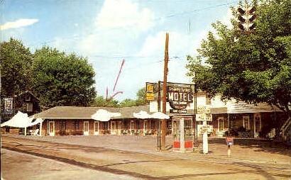 Berkeley Springs Motel - West Virginia WV Postcard