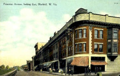 Princeton Avenue - Bluefield, West Virginia WV Postcard