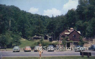 Hawk's Nest State Park, WV Postcard      ;      Hawk's Nest State Park, West Virginia