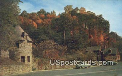 Hawks Nest Park, WV Postcard      ;      Hawks Nest Park, West Virginia