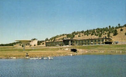 Fountain Motor Inn - Newcastle, Wyoming WY Postcard