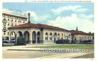 CB & Q Burlington Bus,  Railroad Depot - Cheyenne, Wyoming WY Postcard