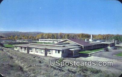 Saratoga Inn - Wyoming WY Postcard