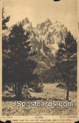 Tetons, Wyoming Postcard      ;      Tetons, WY
