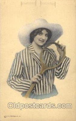 wis001004 - Tennis Woman in Sports Postcard Postcards