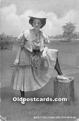 wis002009 - Woman in Sports Artist Signed Postcard