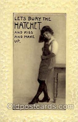wom001068 - Woman Postcard Postcards