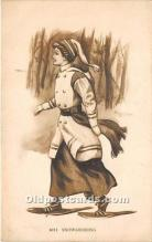 wis002017 - Woman in Sports Artist Signed Postcard