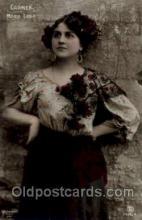 wom001021 - Carmen Maria Labia Woman Postcard Postcards
