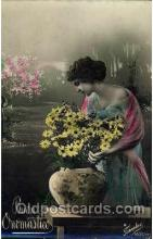 wom001045 - Woman Postcard Postcards